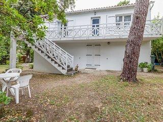 3 bedroom Apartment in Saint-Palais-sur-Mer, Nouvelle-Aquitaine, France : ref 56