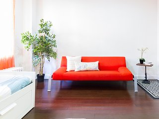 Awesome 1 BR Times Square Loft!