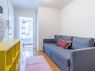 Times Square 2 Bedroom Flat:  Sleeps 6