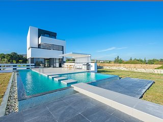 3 bedroom Villa in Gennadi, South Aegean, Greece : ref 5667938