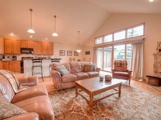 Large Silverthorne Home W/ Views,Close To Resort