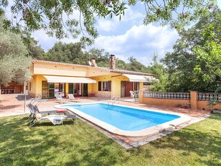 4 bedroom Villa in Solíus, Catalonia, Spain : ref 5668309