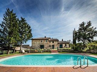 3 bedroom Villa in Camigliano, Tuscany, Italy : ref 5624491