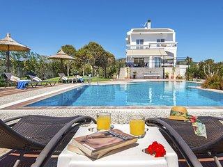 4 bedroom Villa in Lachaniá, South Aegean, Greece : ref 5667934