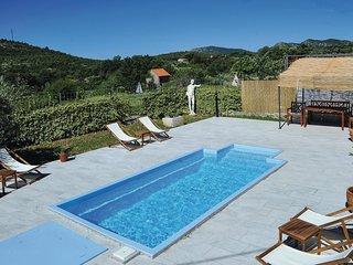 3 bedroom Villa in Čisla, Splitsko-Dalmatinska Županija, Croatia : ref 5673179