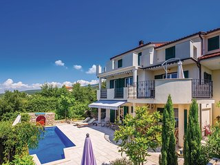 3 bedroom Villa in Smokovo, Primorsko-Goranska Županija, Croatia : ref 5673000