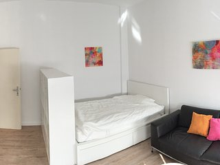 Studio apartment in Hanover with Internet, Parking, Washing machine (1028050)