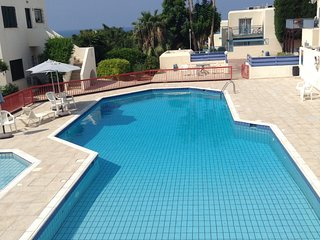 Pelagos Hill Apartment, Chlorakas, Paphos - Good sea views, sunsets