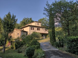 5 bedroom Villa in Cicogna, Tuscany, Italy : ref 5478968