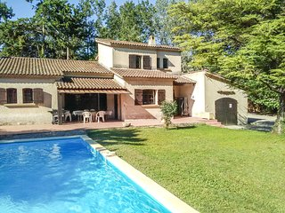 4 bedroom Villa in Vedene, Provence-Alpes-Cote d'Azur, France : ref 5620454