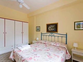 Confortevole appartamento in villa a pochi passi dal mare