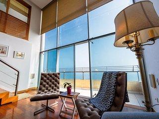 MV15: Luxury Ocean View Penthouse Miraflores