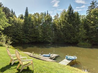 NEW LISTING! Cozy, rustic house w/pond for swimming, large yard & private sauna