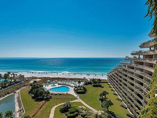GULF VIEW *Beach Front Resort! Heated Pool/Spa! FREE Beach Service &VIP Perks