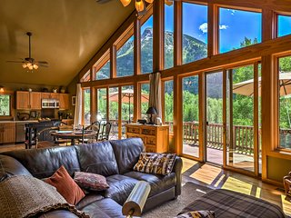 NEW! Peaceful Marble Colorado Home - Mtn Views!