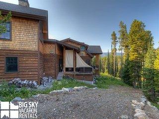 Moose Creek Lodge | Big Sky Montana Ski in Ski Out Mountain Village Lodging