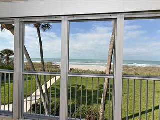 Wonderful Beachfront 2Bdr 2Bth in Longboat Key FL