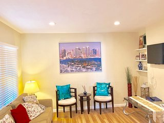 Clean and Comfy Apt in Centual North Park, Walk to All