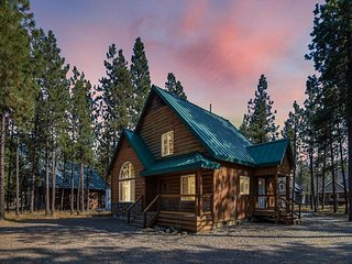 3rd Free-Family Friendly Affordable Cabin Nr Suncadia*Hot Tub*Pool Access