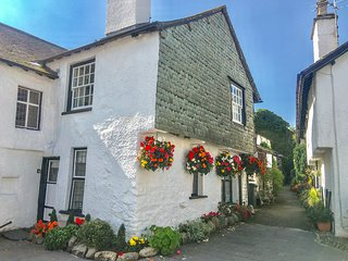 ALICE'S COTTAGE, exposed wooden beams, 17th century cottage, Hawkshead