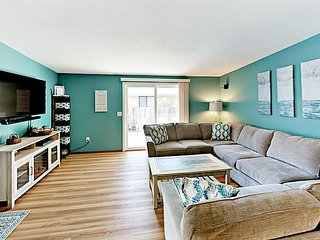 Walk to Ocean, Golf & Eateries! Remodeled Beachside 3BR w/ Sunny Patio