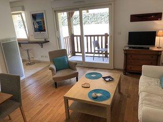 2 bedroom Apartment in Saint-Arnoult, Normandy, France : ref 5668420