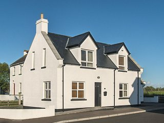 Isle Cottage Holiday Home,  located two miles from the Giants Causeway