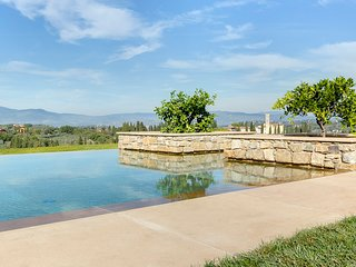Galluzzo Chateau Sleeps 38 with Pool and Air Con - 5668718