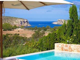 Cala Bassa Villa Sleeps 10 with Pool Air Con and WiFi - 5669308