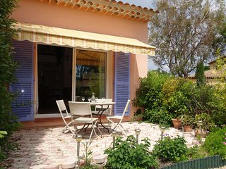 1 bedroom Apartment in Les Lecques, Provence-Alpes-Côte d'Azur, France : ref 555