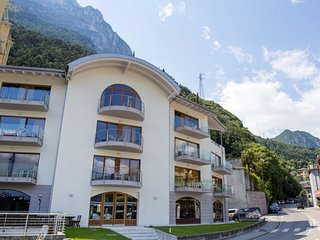 2 bedroom Apartment in Riva del Garda, Trentino-Alto Adige, Italy : ref 5667962