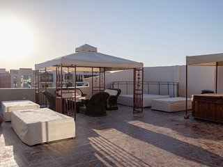 Penthouse Sea View Intercontinental & Jacuzzi on Terrace