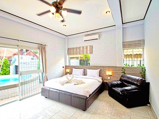 Great location on a budget, Private Pool in Pattaya City