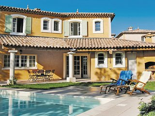 3 bedroom Villa in Les Saquetons, Provence-Alpes-Cote d'Azur, France : ref 55511