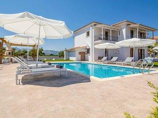 4 bedroom Villa in Kalpaki, Ionian Islands, Greece : ref 5666984