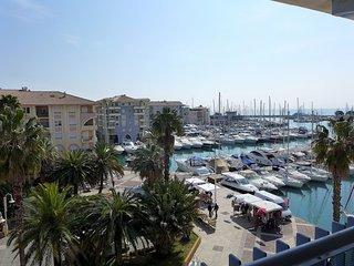 2 bedroom Apartment in Frejus-Plage, Provence-Alpes-Cote d'Azur, France : ref 56