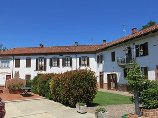 2 bedroom Apartment in Cossombrato, Piedmont, Italy - 5443174