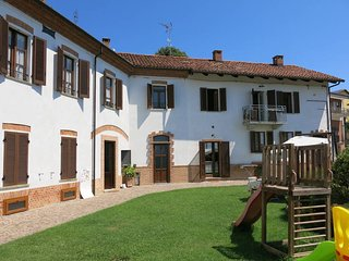 1 bedroom Apartment in Cossombrato, Piedmont, Italy : ref 5443162