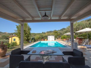 Lappato Holiday Home Sleeps 4 with Pool Air Con and Free WiFi - 5669258