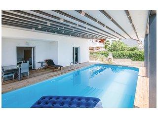 6 bedroom Villa in Razine, Sibensko-Kninska Zupanija, Croatia : ref 5579472