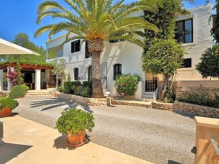 6 bedroom Villa in Santa Gertrudis, Balearic Islands, Spain : ref 5669354