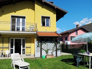 4 bedroom Villa in Porto Valtravaglia, Lombardy, Italy : ref 5440947