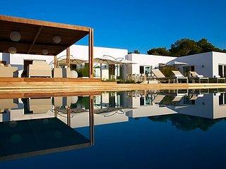 Cala Bassa Villa Sleeps 12 with Pool Air Con and WiFi - 5669303