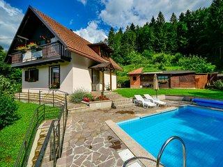 3 bedroom Villa in Brod na Kupi, Primorsko-Goranska Županija, Croatia : ref 5667