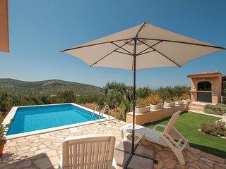 2 bedroom Villa in Podglavica, Sibensko-Kninska Zupanija, Croatia : ref 5537945