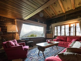 Big Luxurious Chalet in Schonried