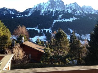 Alp Sunrise - Top View Cosy Chalet