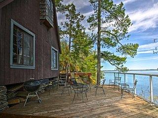 NEW! Cozy Stop Island Cabin w/Boat Dock & Beach!