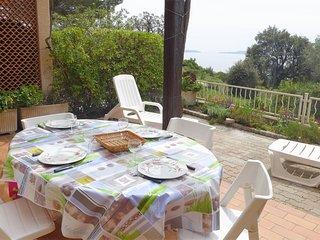 2 bedroom Apartment in La Fossette, Provence-Alpes-Cote d'Azur, France : ref 562