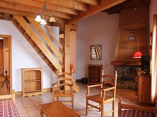 grand appartement sur deux niveaux avec 5 chambres